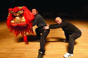 王建文:我拿舞狮当神灵