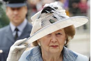 撒切尔夫人遗体从酒店运出 葬礼下周在伦敦举行
