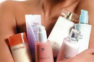 网购化妆品调查:走私货和高仿品的黑色链条