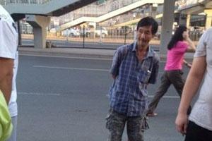 """北京抢婴男子家人称其智力残疾 对孩子""""过分热情"""""""