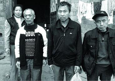 """南都记者:江西乐平""""一案两凶"""" 13年后真凶招供"""