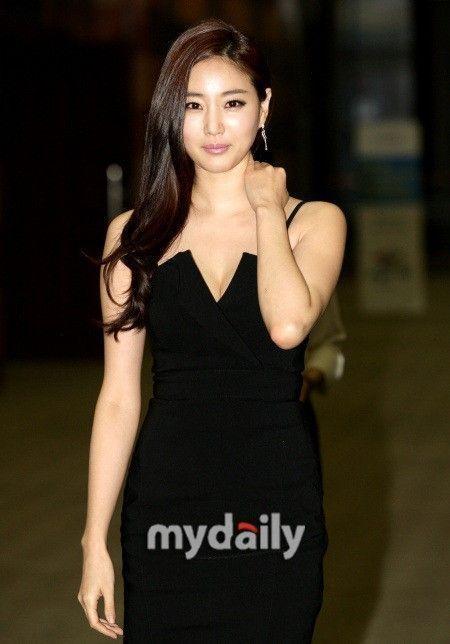 韩女星性交易案续:李多海等六女出面辟谣