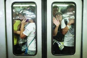 北京发改委官员:地铁坐1站坐1天都2元有违公平