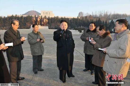 金正恩参观空降部队夜间训练 被指应对韩美军演