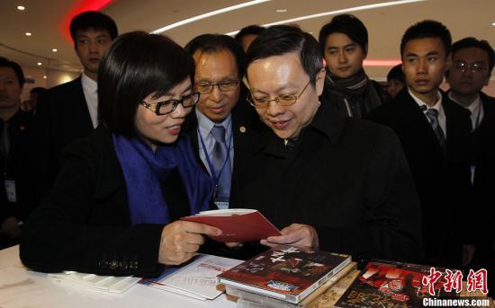 王郁琦参访上海广播电视台:望更多台湾好电影进大陆
