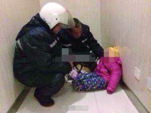幼女患脑膜炎遭遗弃 留条署名:不负责任的父亲