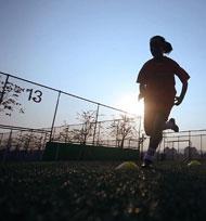 南都深呼吸:追球的少年