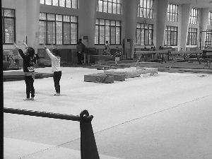 湖南体操名校校长被拘留 涉嫌猥亵至少6名学员