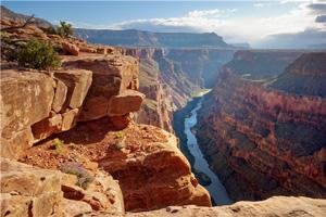 走入秘境赏花观景 体味美国西部雄奇壮美