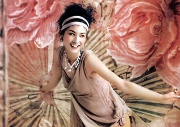 黄圣依:外围女只是一个身份而已 她们也有追求