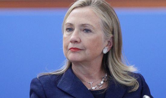 希拉里称正在考虑2016年参选总统