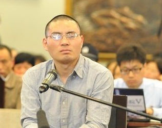 网络推手秦火火涉诽谤 当庭认罪