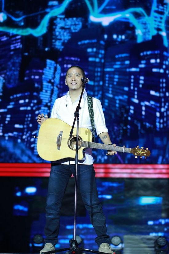 羽泉郝云出席榜中榜盛典 分获重量奖项献唱新歌
