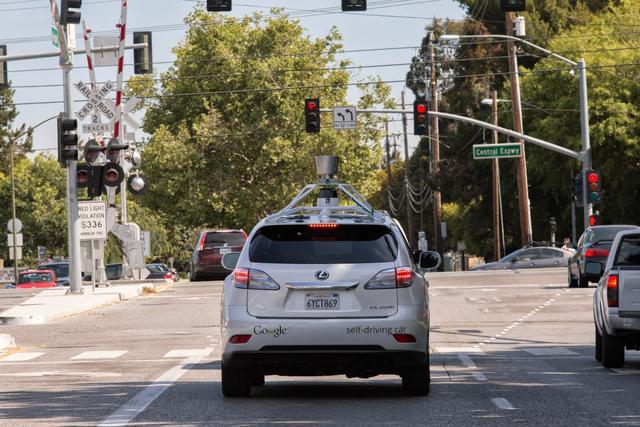 谷歌无人汽车新进度:可同时紧盯路面数百目标