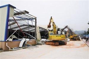 观澜拆除8000平米钢结构厂房