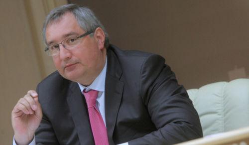 俄副总理:制裁俄后美国可改用蹦床运输宇航员
