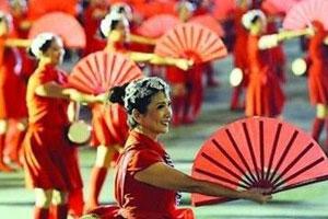 """中国大妈广场舞地图:网友叹""""广场舞大妈征服世界"""""""