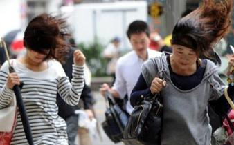 强台风袭日本致9人死亡 160万人被迫疏散