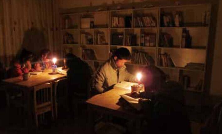 返乡青年和他的草根图书馆
