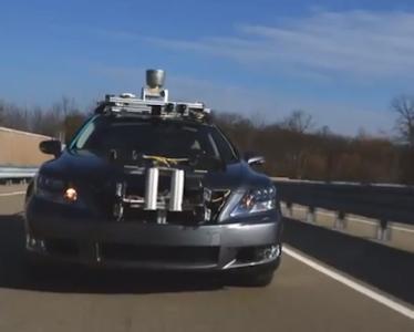 谷歌无人驾驶汽车或配备外置安全气囊