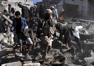 沙特率多国空袭也门胡塞武装 平民至少25死50伤