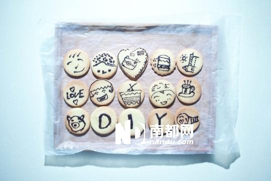 创意月饼儿童画