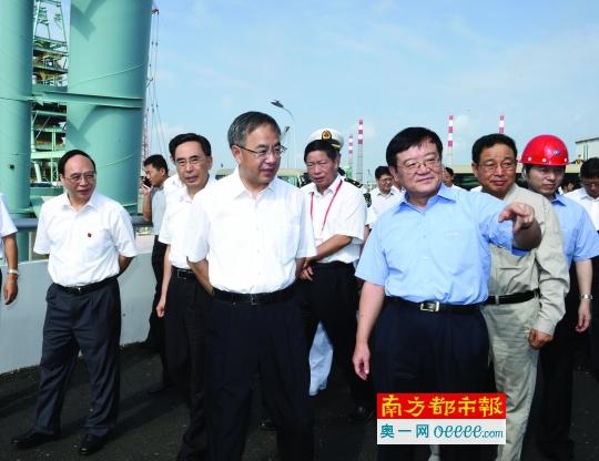 千万吨级宝钢湛江钢铁项目投产 首期投资500亿